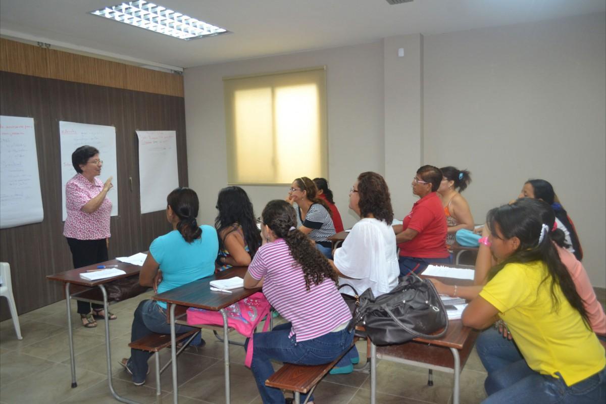 Erste-Hilfe-Kurs für Frauen in La Aurora